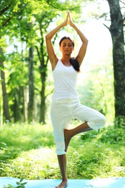[Image: yoga-tree-pose-425x637.jpg]