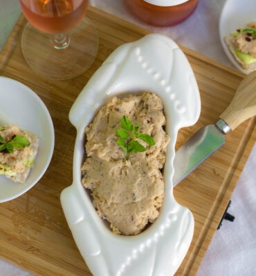 How to Make a Dairy Free Creamy Crab Dip Recipe
