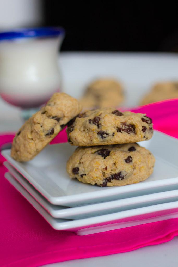 gluten free oatmeal raisin cookie