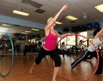 Hula Hoop Fitness Video: How to Get a Flat Stomach