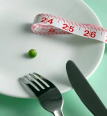 How to Control Hunger: The Top 9 Weight Loss Tips from a Weight Loss Surgeon (Watch Video)