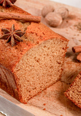 Gingerbread Spice Cake