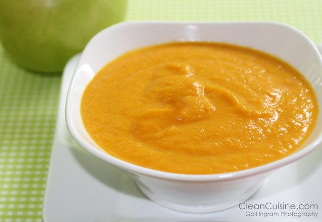 Easy Carrot Soup from CleanCuisine.com
