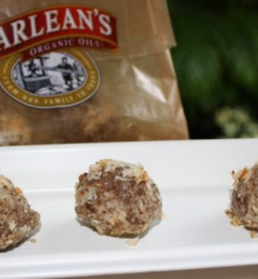 Clean Cuisine Power Bites with Barlean's Flax and Coconut Oil