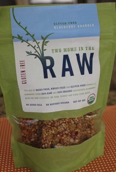 two moms in the raw gluten-free blueberry granola