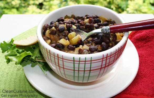 Apple, Pumpkin and Black Bean Chili in a Slow Cooker