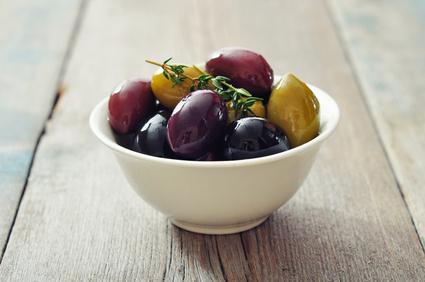 eating clean olives