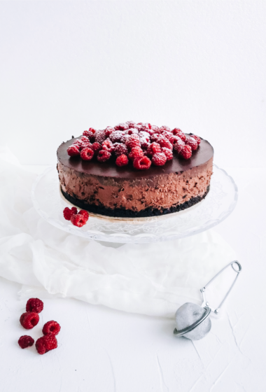Best-Tasting Healthy Chocolate Cheesecake with Chocolate Frosting