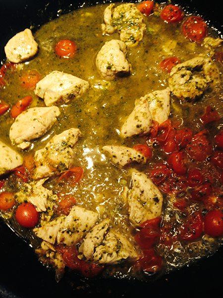 Chicken Tomato Broccoli Pesto Pasta