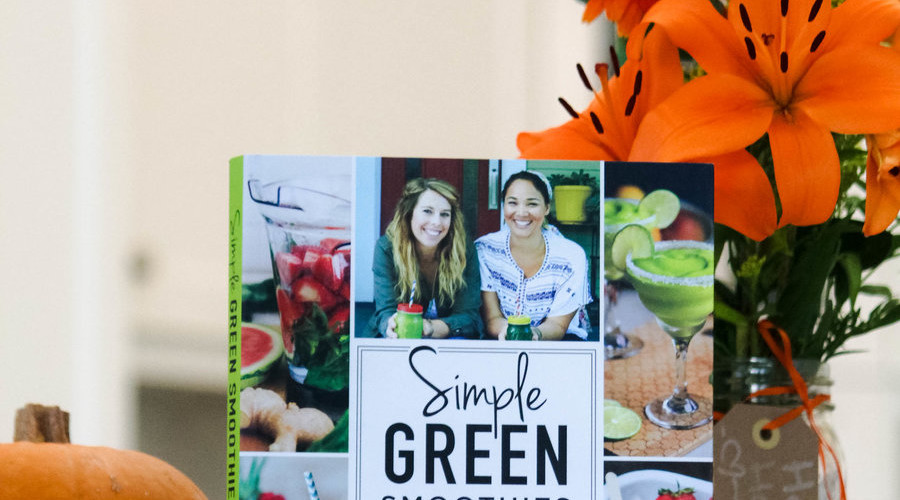 Simple Green Smoothies Book