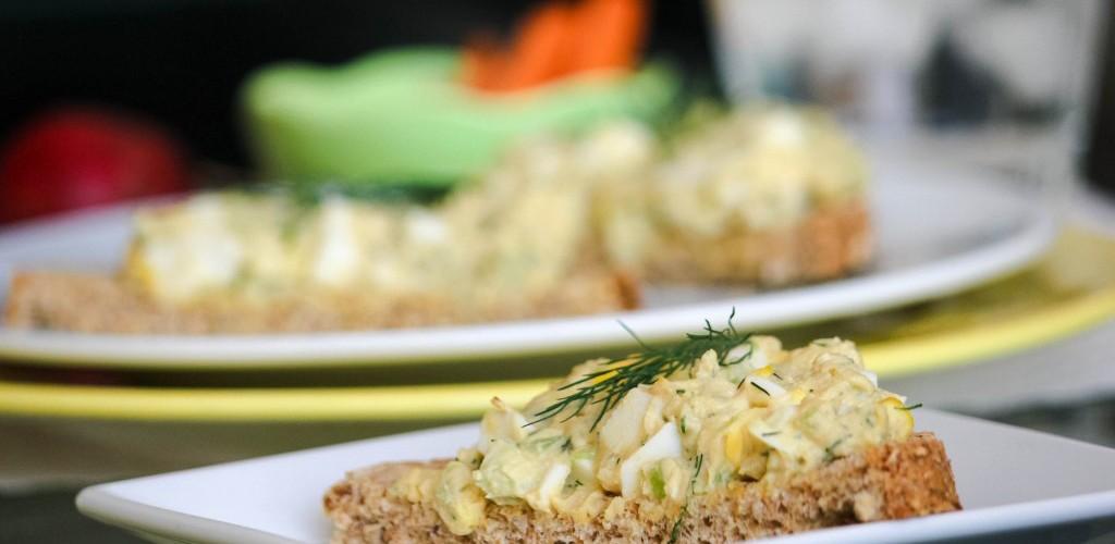 How-to-Make-Egg-Salad-1024x683