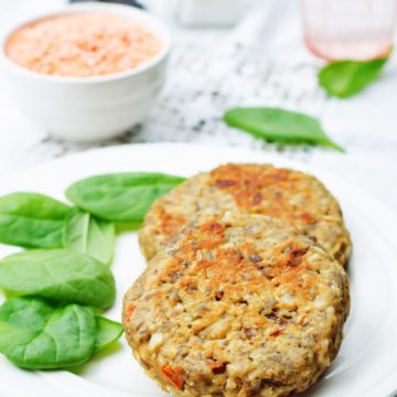 Homemade Veggie Burgers with Carrots and Walnuts