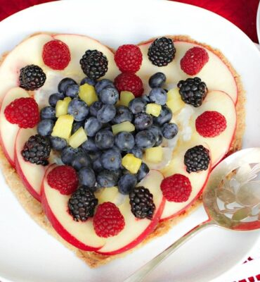 Wheat-Free Fruit Pizza Recipe for All Occasions