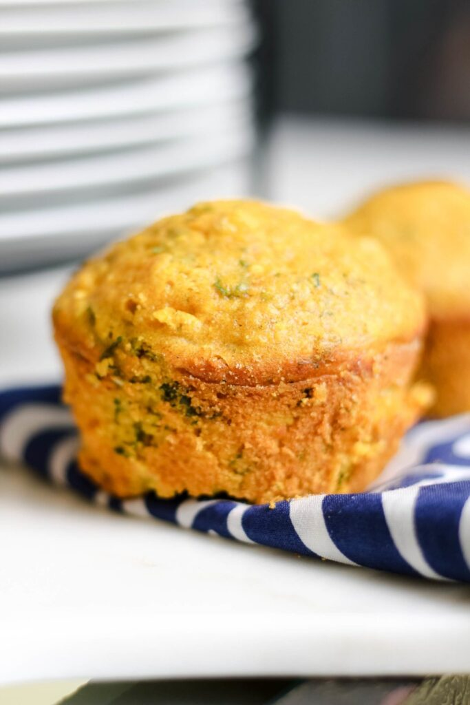 jalapeno-cornbread-muffins-with-kale-2