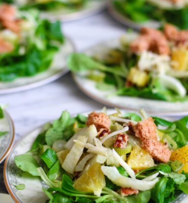 How to Make the Best Dinner Salads (7 Secrets + a Recipe)
