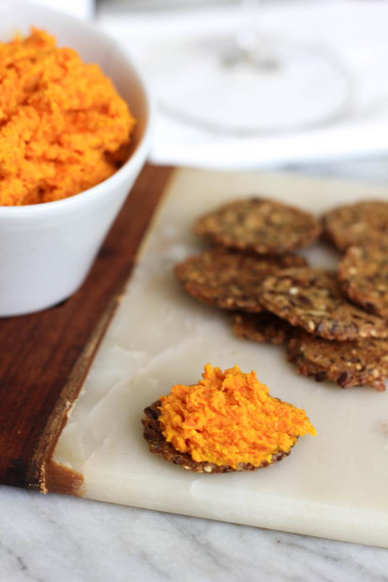 How to Make Carrot Hummus (1)