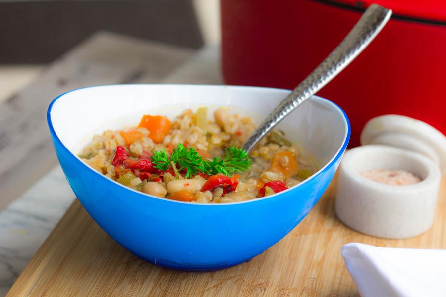Tuscan Farro Minestrone Soup
