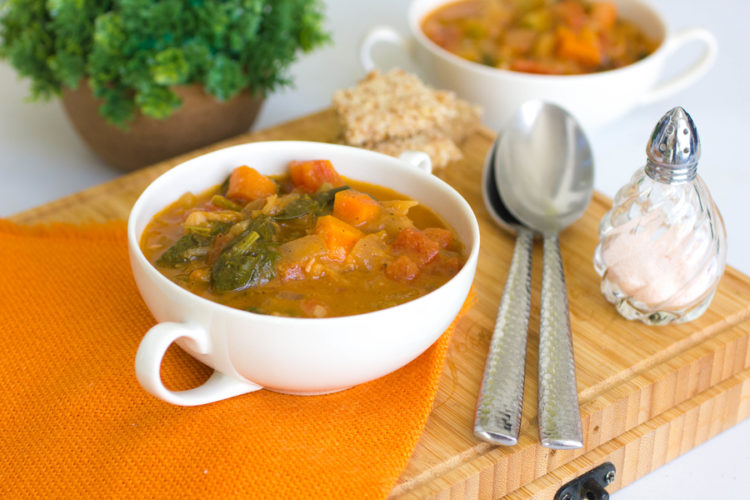 30-Minute Tuscan Vegetable Soup Recipe with White Beans