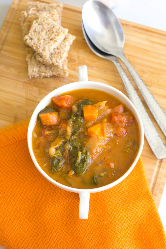 Tuscan vegetable soup with beans